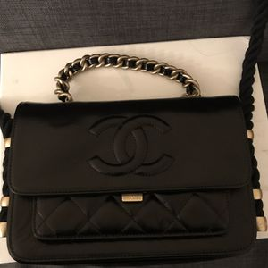 Chanel Cruise 2019 collection spring flap bag for Sale in Irvine, CA