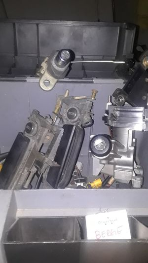 BMW e36 lock set includes doors ignition and trunk for Sale in Salt Lake City, UT