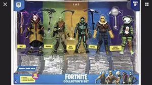 Fortnite Action Figures 15 Piece Collectors Set - 5 Character Figures 5 Harvest for Sale in Sun City, AZ