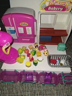 Shopkins (Refrigerator & Bakery) for Sale in Campbell,  CA