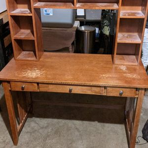 Desk for Sale in University Place, WA