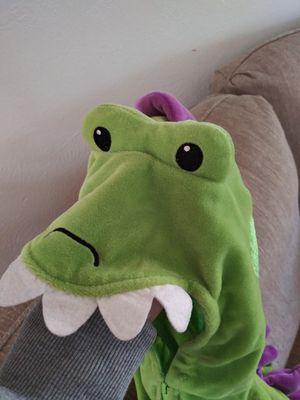 Velvet dinosaur costume 12 months for Sale in Fresno, CA