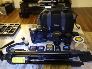 Canon 7D Digital DSL Camera Body w/ 2 Lenses, Tripod, Flash Triggers, Bag ++ for Sale in San Diego, CA