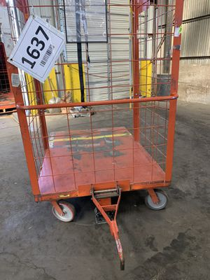 Large rolling carts from W@lmart distribution for Sale in Phoenix, AZ