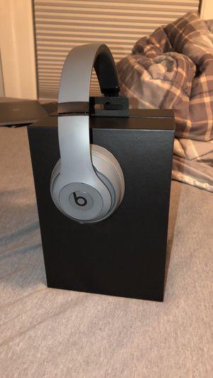 Beats Studio 3 Wireless Gray for Sale in Niles, IL