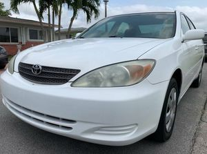 !Price $$800$ (2004 Toyota Camry White Color) for Sale in Madison, WI