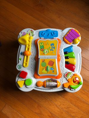 Leapfrog bilingual baby table for Sale in Dallas, TX