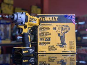 DEWALT 20v XR CORDLESS 1/2in IMPACT WRENCH MID TORQUE TOOL ONLY for Sale in Turlock, CA