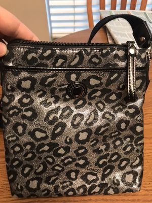 Authentic Coach bag, Messenger crossbody. Like new only used a few times. for Sale in Valrico, FL