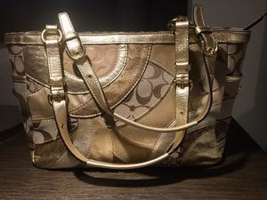 Coach Signature Circle Metallic Patchwork Gold East West Gallery Tote #F0993-F14004 for Sale in Chicago, IL
