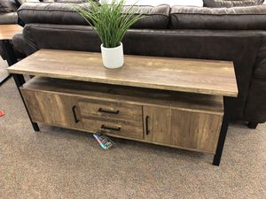 "Tv stand 60""x16""x23""h WEATHERED OAK for Sale in Hialeah, FL"