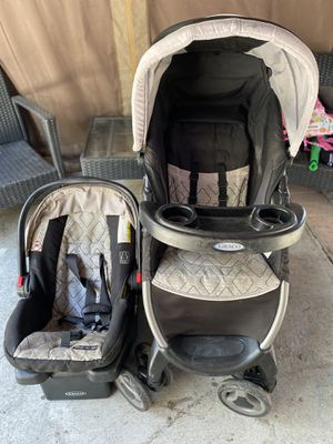 Stroller and car seat with base for Sale in Lynwood, CA
