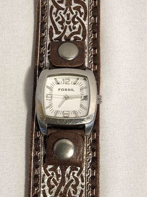 Amazing leather Fossil watch for Sale in Ontario, CA