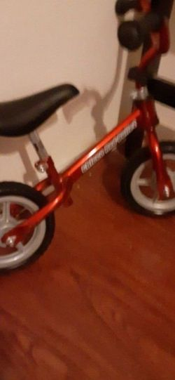 Scoot Scoot Chicco Bike $25.00 Cash Only (Serious Buyers) for Sale in Dallas,  TX