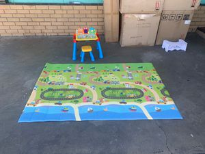Doulble sided mat and kids stool with VTech learning desk for Sale in CRYSTAL CITY, CA