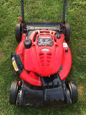 Self propelled push mower for Sale in Mount Holly Springs, PA