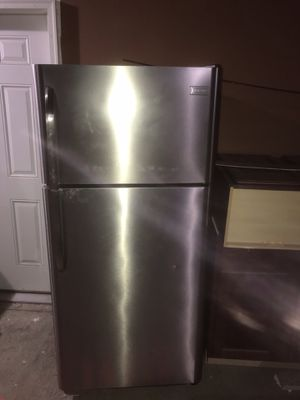 Stainless Steel Frigidaire Refrigerator $350 for Sale in Atlanta, GA