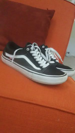 Vans shoes men's size 8 an a half for Sale in Phoenix, AZ