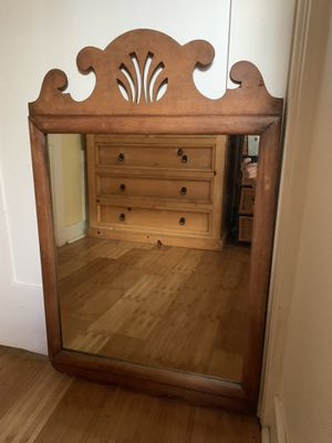 Lovely decorative antique mirror for Sale in Los Angeles, CA