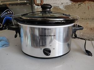 Hamilton Beach (33249) Slow Cooker, 4 Quart, Model, Black for Sale in Concord, CA