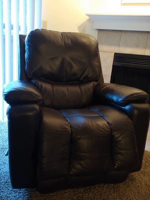 Brown Leather Rocker Recliner for Sale in Tualatin, OR