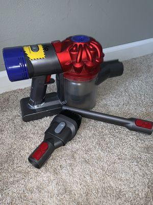 Dyson v7 trigger handheld vacuum for Sale in Manassas, VA