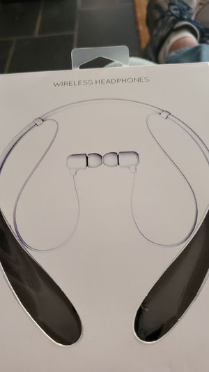 New HBS Wireless Headphones. for Sale in Chesapeake, VA