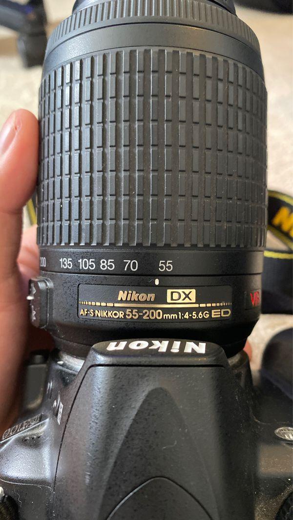 Nikon D3100 + AF-S NIKKOR 55-200mm 1:4-5.6 VR Lens INCLUDED!