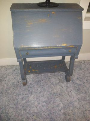 Old typewriter desk for Sale in Fountain Green, UT