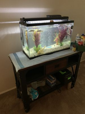 30 Gallon Fresh Water Aquarium- Complete Set Up-Stand sold separately. for Sale in Riverside, CA