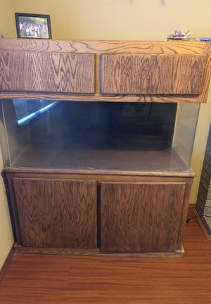 65 gallon acrylic Fish tank for Sale in Puyallup, WA