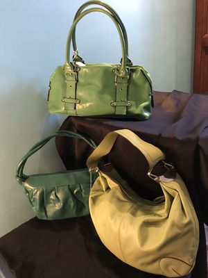 Handbags/purses/wallets/totes for Sale in Lawndale, CA