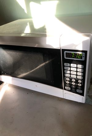 Microwave for Sale in San Marcos, CA