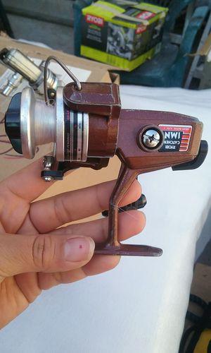 Vintage Ryobi Catcher 1MN Spinning Reel Gear Ratio 4.75:1 Brown Metal Aluminum! for Sale in Los Angeles, CA