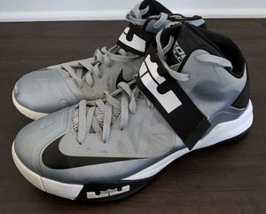 Nike Lebrun Soldier 6 Zoom Basketball Shoe Size 13 for Sale in Walnut Cove, NC