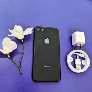 iphone 8 64 gb unlocked store warranty for Sale in Somerville, MA
