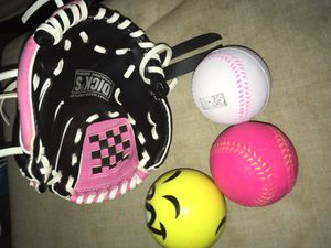 TBall Glove. Soft practice baseball, balls. (TBALL, EQUIPMENT) for Sale in Blue Island, IL