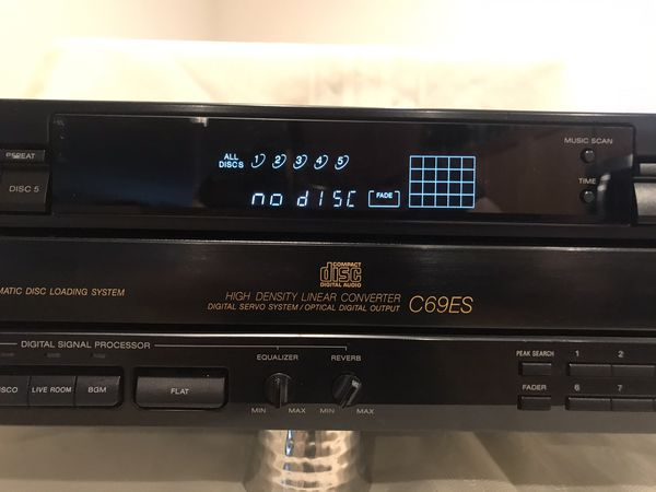 SONY C69ES CD PLAYER WITH DSP, 5 DISC, EXCELLENT WORKING CONDITION.