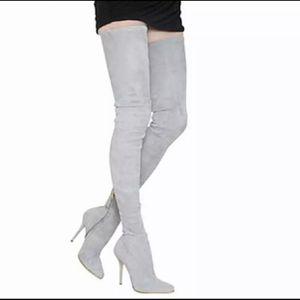 B a l e n c i a g A Style over the knee suede boots Size 6 for Sale in Las Vegas, NV