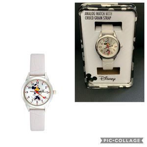 Brand New! Disney Minnie Mouse Women's Watch for Sale in Westminster, CA