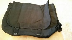 Genuine Army Duffle Bag for Sale in Middlebury, CT