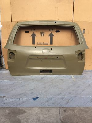 2008 - 2015 TOYOTA SEQUOIA LIFT GATE / TAILGATE OEM for Sale in Los Angeles, CA