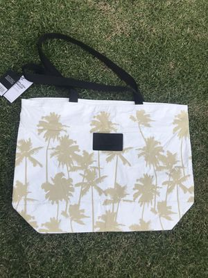 Aloha Collection Bag - Day Tripper for Sale in Honolulu, HI