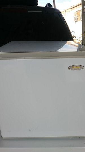 Mini Household refrigerator for Sale in Las Vegas, NV