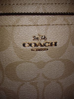 Coach bag for Sale in Elmwood, WI