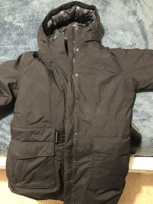 WORN ONCE $80 WOMENS NORTH FACE MEDIUM for Sale in Manassas, VA