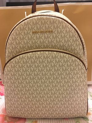New Authentic Michael Kors Large Backpack for Sale in Lakewood, CA