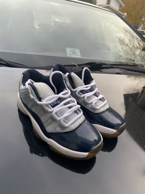 "Air Jordan 11 ""Georgetown"" size 5.5 for Sale in Greenville, WI"