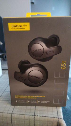 Bluetooth headphones for Sale in Saint Paul, MN