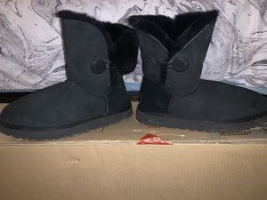 Uggs for Sale in Waltham, MA